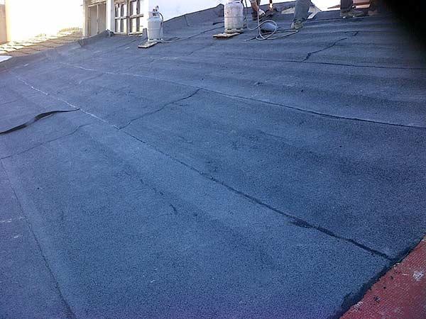lavori-di-impermeabilizzazione-tetti-coperture